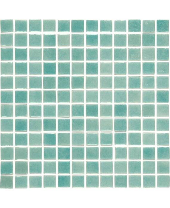Emaux de verre vert clair nuancé mosaique pour le sol de la douche piscine mosbr-3001 antiderapant 2.5x2.5x0.4cm sur trame.