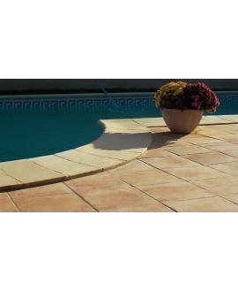 Carrelage en grès cérame émaillé imitation terre cuite en format 34x34cm, peut être posé à l'intérieur de la maison.