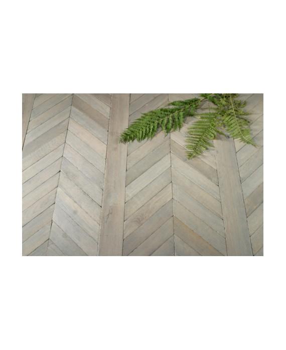 Parquet chêne massif à poser sur lambourde français fougères , plancher chevron vieux gris , ép : 21 mm , largeur 110 mm