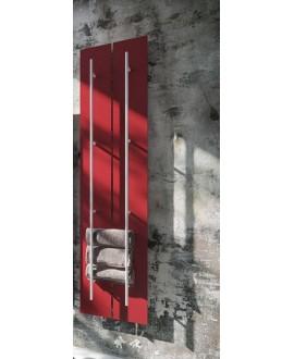 Sèche-serviette radiateur électrique design salle de bain Anteso V rouge mat avec une barre en métal chromé
