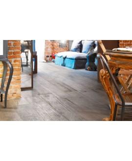 Carrelage effet parquet peint en gris usé, salle à manger, sol et mur, 15x120cm, rectifié, Santablend gris