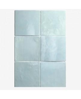 Carrelage Effet Zellige A bleu clair brillant 13.2x13.2cm