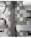 Carrelage Effet Zellige A blanc brillant 13.2x13.2cm dans la salle de bains