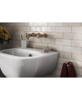 Carrelage Effet Zellige A ocre brillant 6.5x20cm dans la salle de bains