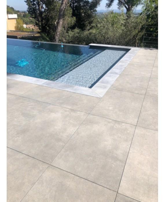 carrelage anti-dérapant plages de piscine forte épaisseur 90x60X2cm, R11 A+B+C, imitation béton santaset grey