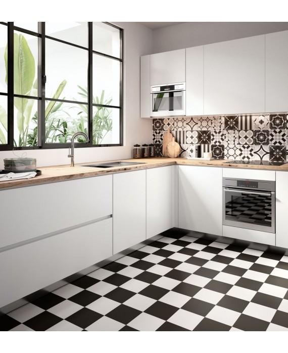 Carrelage patchwork black and white imitation carreau ciment 20x20cm rectifié en crédence