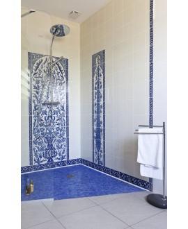 Fresque décorée émaillée 25x180cm, D cyprès bleu sur fond ivoire, composée de 9 carreaux de 20x25cm